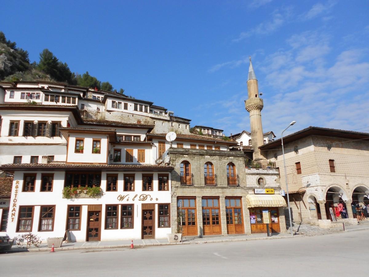 Világörökség vs. rideg valóság - Albánia Berátja