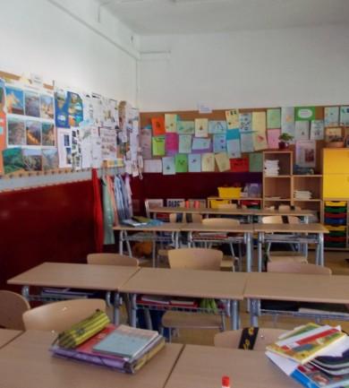 Taníts angolt külföldön!