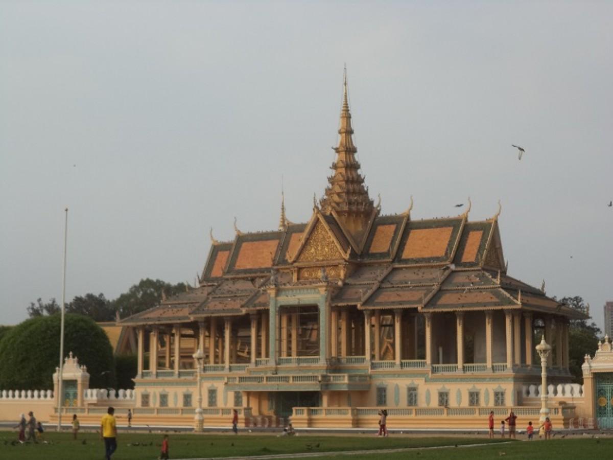 Egy dicső múlt hányattatott sorsú örökösei – Kalandok Kambodzsában 2.