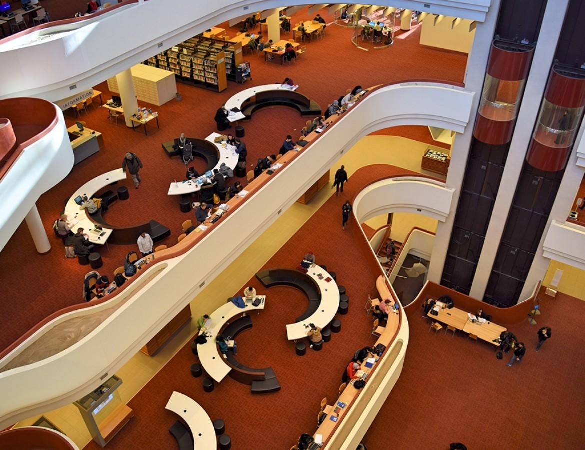 A Toronto Reference Library, amitől újra kedved lesz könyvtárba járni