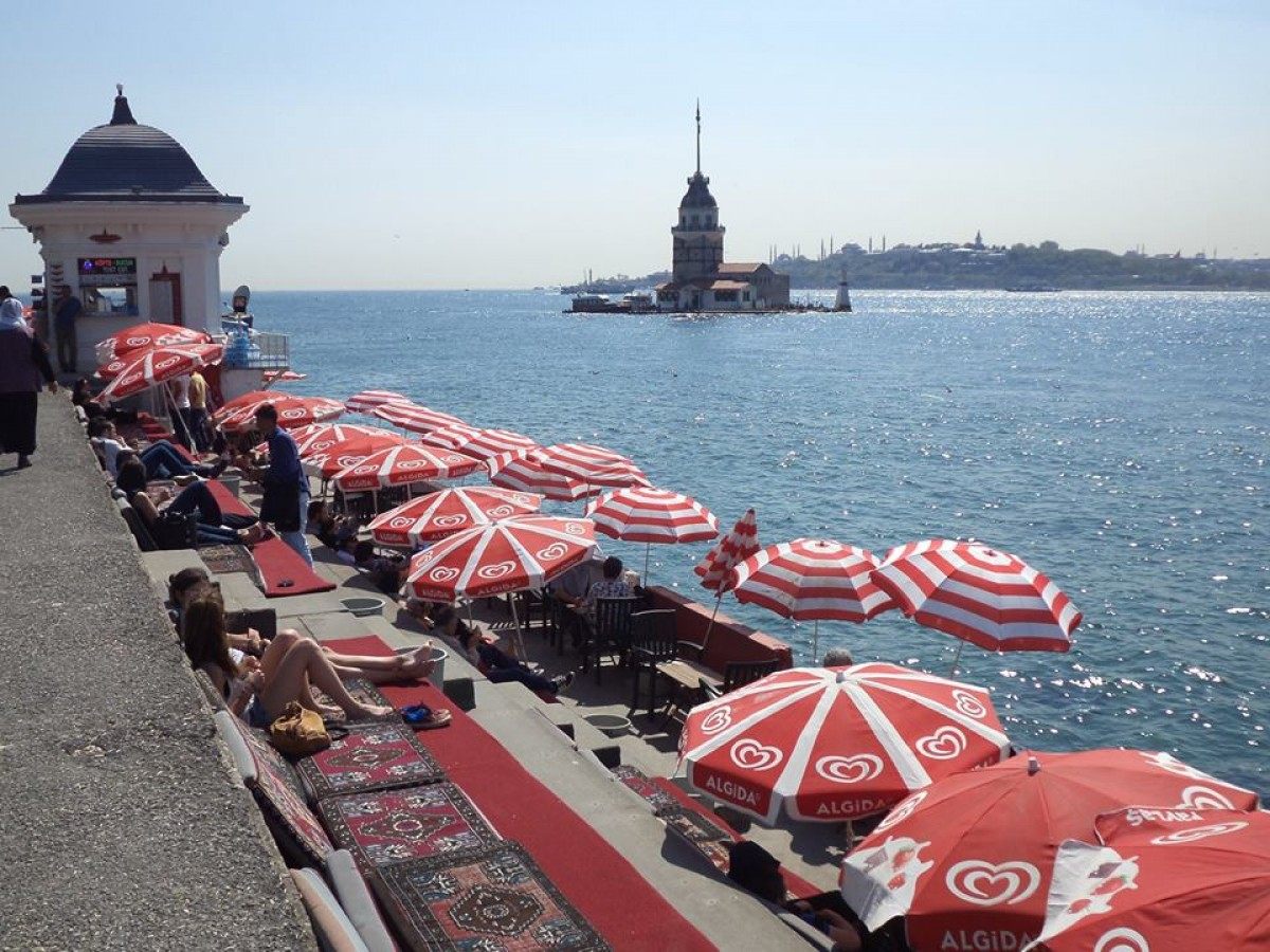Ötcsillagos élmény - teázás Isztambulban