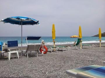 Hamis Gucci és jégkása - nyaral az olasz