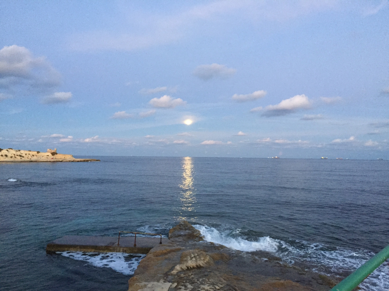 Máltai kisokos -Használati utasítás a Földközi-tenger legjobb szigetéhez