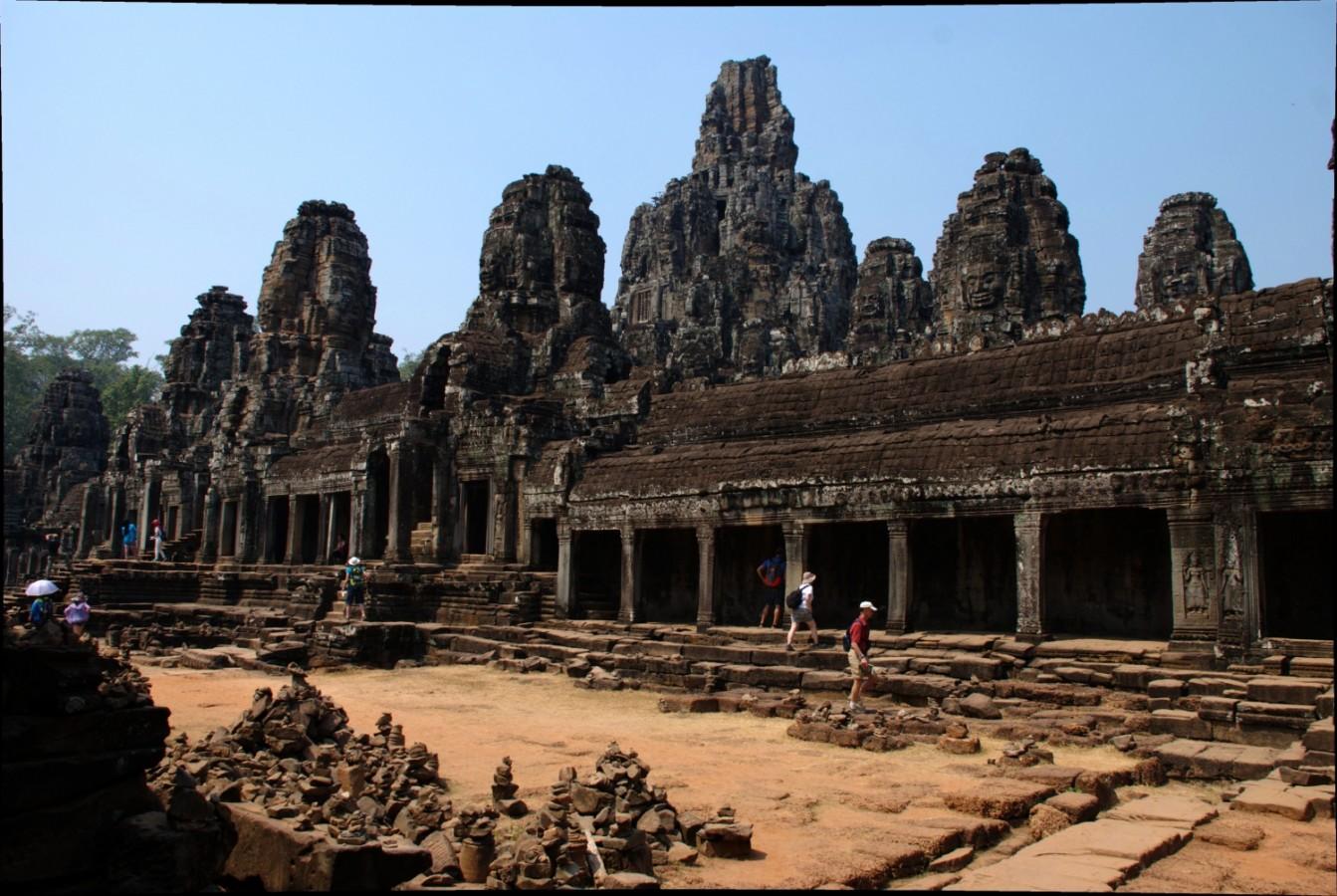 Ősi templomváros Kambodzsában - Angkor két keréken