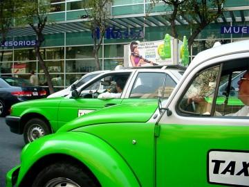Túró Rudi és a latin lányok feneke - Egy magyar taxis tűnődései Mexikóvárosban