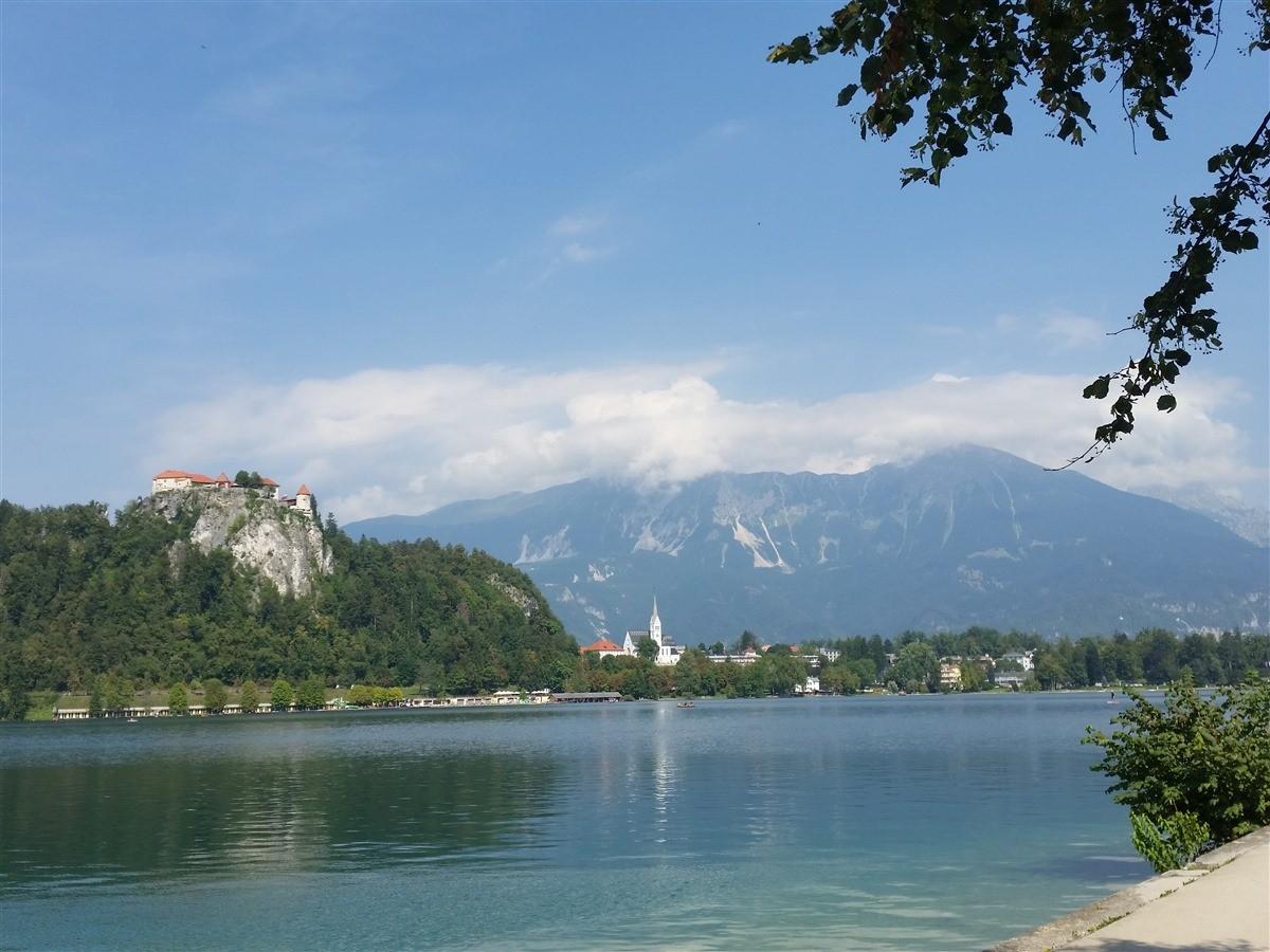 Haladjon tovább egyenesen - Irány Szlovénia!