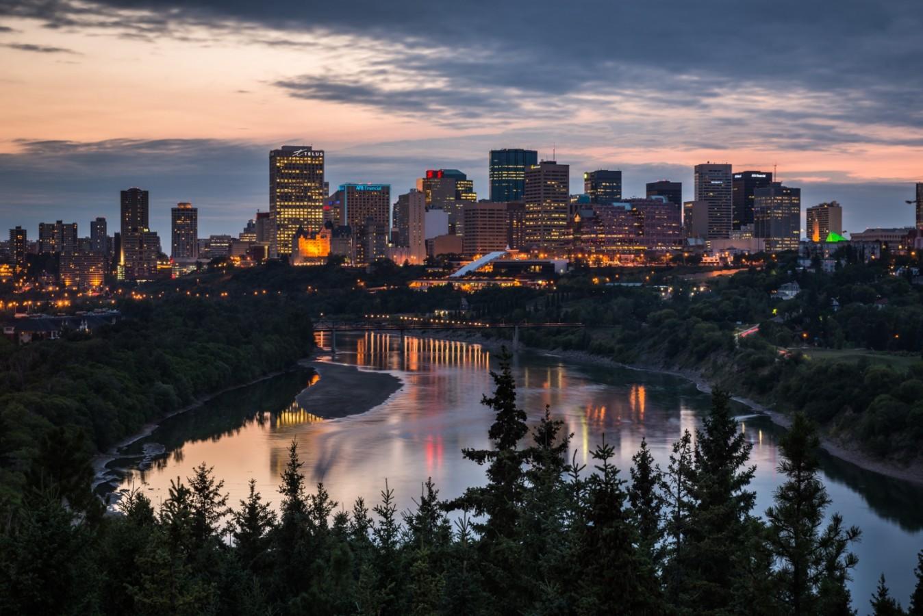 A méret a lényeg - Edmonton vs. Budapest