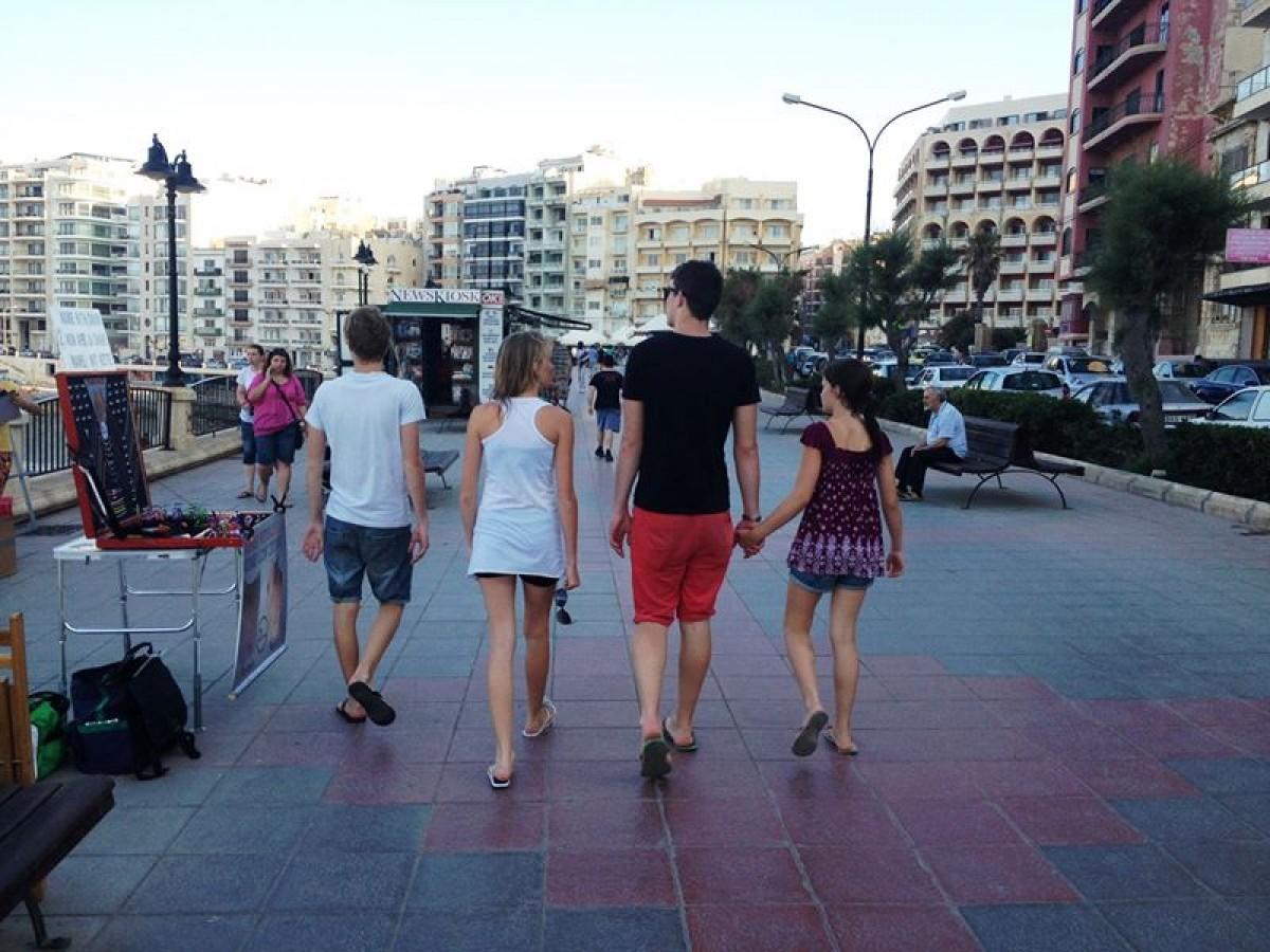 Nincs kettő négy nélkül - Így költözz el (négy) gyerekkel külföldre